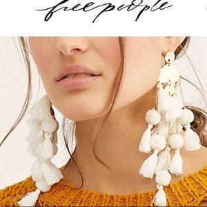 Free people Calypso. Dangle earrings